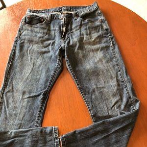 Lucky Brand 221 original straight 32x30 Jeans.